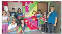 Mosaik bringt Farbe in die Schule